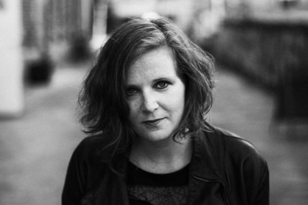 Eva Klesse (by Sally Lazic) sw