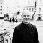 Eric-Schaefer-Portrait_teaser_700x